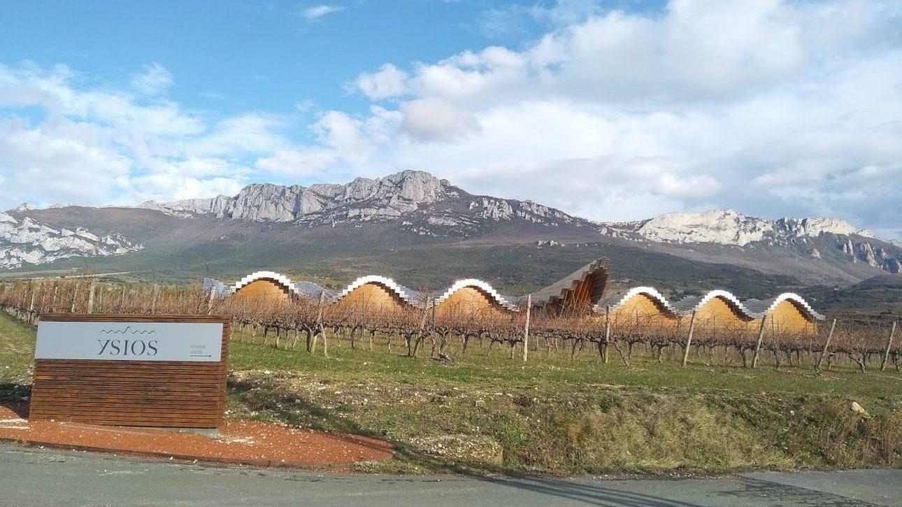 """Visita a las Bodegas Ysios  y presentación del vino """"Finca Las Naves"""", La Rioja"""